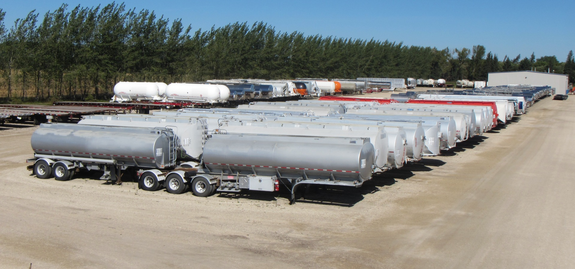 Quality used semi trailers, tankers & heavy equipment | Little