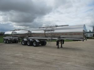 Beall Super-B Stainless Tanker Trailer (1)