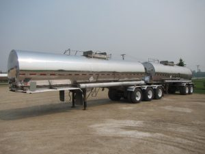 Super-B Stainless Tanker Trailer (1)