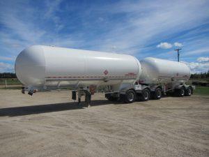 weldex-super-b-mc-331-trailer-1