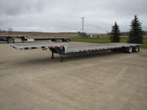 reinke-tandem-step-deck-trailer-1