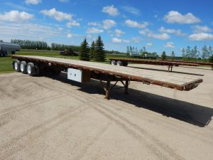 lode-king-tridem-flat-deck-trailer-1