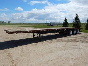 lode-king-tridem-flat-deck-trailer-1