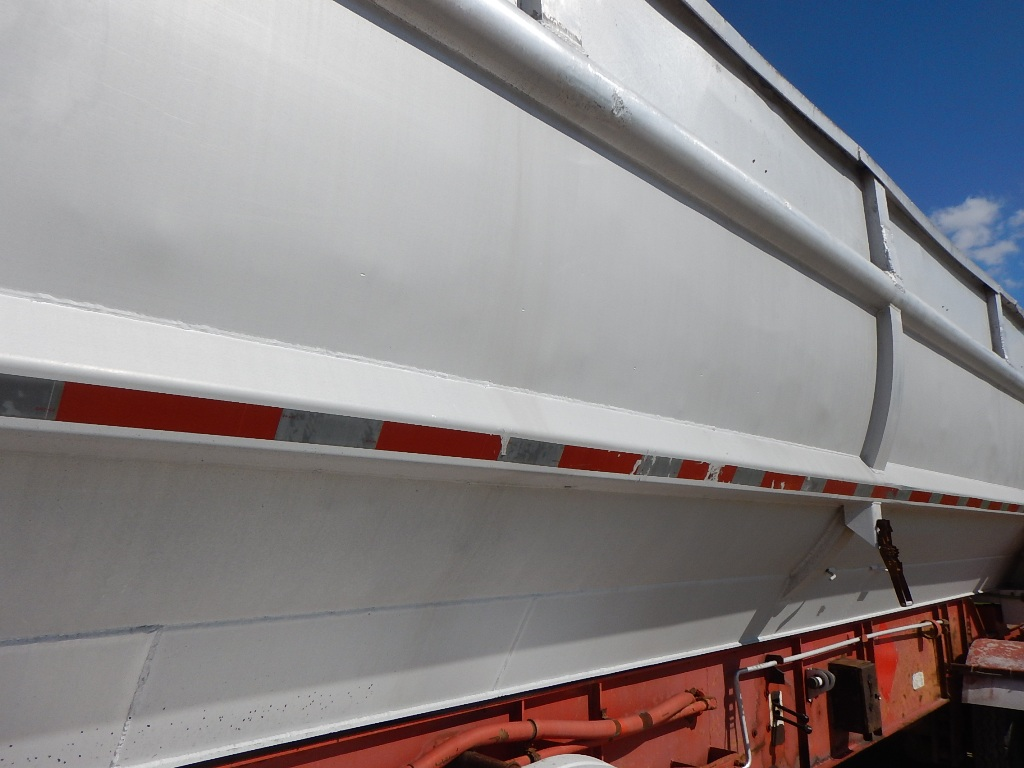 End Dumps additionally New Mac besides 390861563599 moreover 1995 Raglan 26 Tandem Aluminum End Dump Trailer furthermore Dump Trailers. on frameless dump trailer