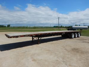 lode-king-tridem-flat-deck-trailer-35