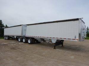 wilson-super-b-grain-hopper-trailer-1