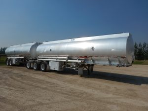 advance-super-b-tanker-trailer-1