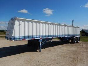 lode-king-tandem-grain-hopper-trailer-1