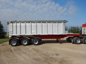 raglan-tridem-end-dump-trailer-2