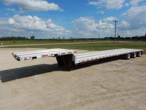 thruway-tridem-step-deck-trailer-1