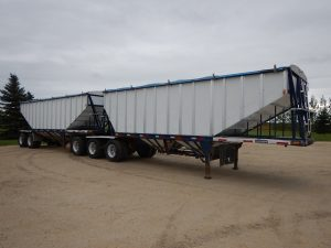 lode-king-alum-super-b-grain-hopper-trailer-1