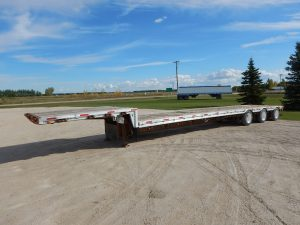 lode-king-tridem-step-deck-trailer-1
