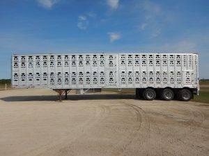 barrett-tridem-livestock-trailer-2