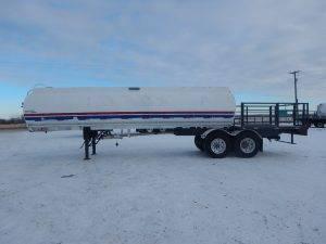advance-tandem-alum-tanker-deck-trailer-2