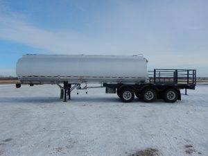 advance-tridem-aluminum-tanker-trailer-2