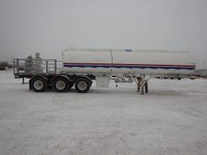 advance-tridem-tanker-deck-trailer-2