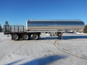 advance-tridem-tanker-trailer-2