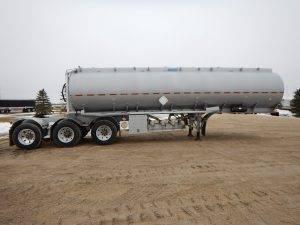 advance-tridem-aluminum-super-b-lead-tanker-trailer-2