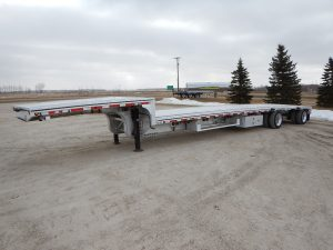 mac-tandem-aluminum-step-deck-trailer-5