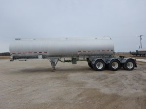 westank-tridem-aluminum-tanker-trailer-2
