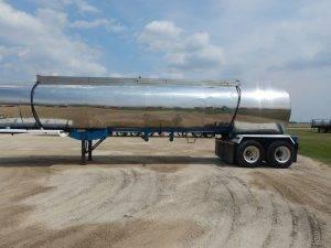kari-kool-tandem-stainless-tanker-trailer-2