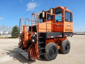 whiting-tm4500-trackmobile-1