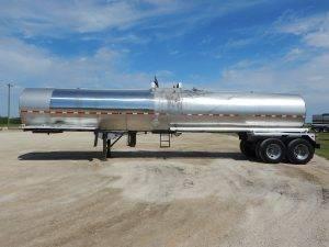 heil-tandem-stainless-tanker-trailer-2
