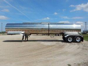 polar-tandem-stainless-tanker-trailer-2