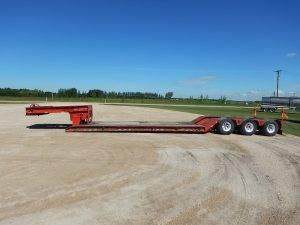 trail-king-tridem-detach-lowbed-trailer-1
