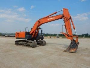 hitachi-zx200-3-excavator-1